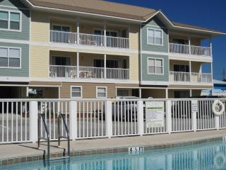 Nice 3 bedroom Destin Apartment with Internet Access - Destin vacation rentals