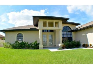 Villa Starfish - NEW! Bright! Light! Spacious! - Cape Coral vacation rentals
