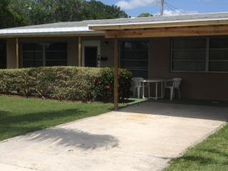 Cozy Canal Cottage - Vero Beach vacation rentals