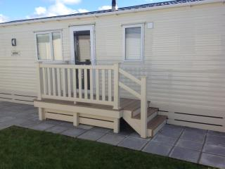 Static caravan holiday home for rent hire Devon - St Giles on the Heath vacation rentals