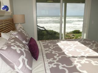 Sea Gem - Oceanfront Cottage with Modern Amenities - South Beach vacation rentals