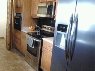 Great Ranch in convenient location - Bowling Green vacation rentals