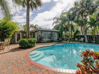 Bruce Cabana - Clearwater Beach -October Deal - Indian Rocks Beach vacation rentals