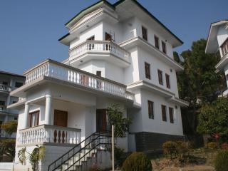 Nice Villa with Television and Mountain Views - Palampur vacation rentals
