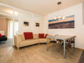 2 bedroom Apartment with Internet Access in Munich - Munich vacation rentals