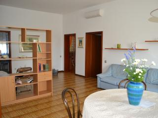 Cozy 2 bedroom Apartment in Imola with Television - Imola vacation rentals