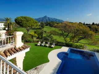 Casa Georgia Luxury 6 bedroom 1st line Aloha golf - Nueva Andalucia vacation rentals