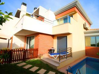 Villa Jardim - Albufeira - private pool&barbecue - Albufeira vacation rentals