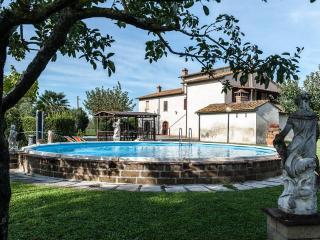 Casolare con piscina colline Toscane - Capannoli vacation rentals