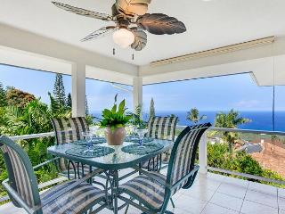 Spacious Three Bedroom Home, Minutes from Town with a Panoramic Ocean View! - Kailua-Kona vacation rentals