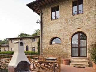 La Roccaia beautiful apartment near San Gimignano - Ulignano vacation rentals