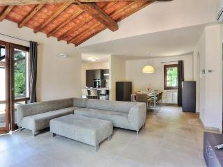 Beautiful House in Rio Nell'Elba with Television, sleeps 8 - Rio Nell'Elba vacation rentals