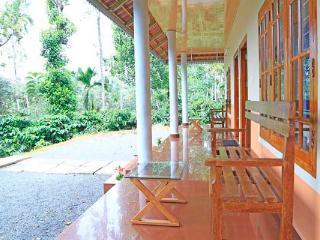 2 bedroom Cottage with Internet Access in Wayanad - Wayanad vacation rentals