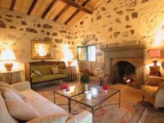 Bright Scordia vacation Condo with Balcony - Scordia vacation rentals
