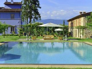 Lucchese Estate - World vacation rentals