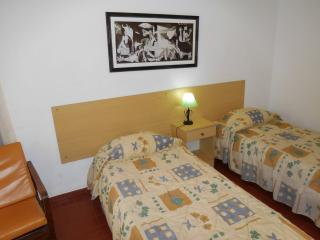 Sarita´s house (double room/wc) - Monte Gordo vacation rentals