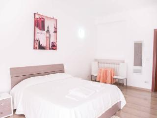 Cozy Room in Trastevere - Rome vacation rentals