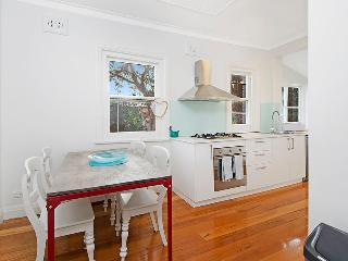 Coogee Smithfield Ave (Apartment) - 3 month minimum (I) - Australia vacation rentals