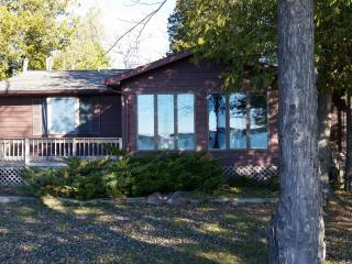 Beautiful 3 bedroom Presque Isle House with Parking - Presque Isle vacation rentals