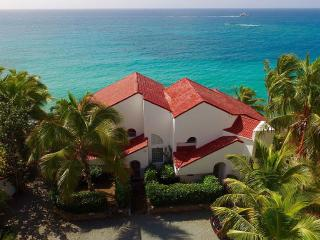 Spectacular Beach House w/ private beach - Bolongo Bay vacation rentals