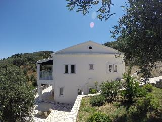 Villa Samantha Loutses northeast Corfu 15% off - Peritheia vacation rentals