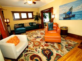 Bright 1 bedroom House in Minneapolis with Internet Access - Minneapolis vacation rentals