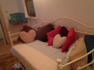 Perfect Studio with Internet Access and Washing Machine - Porthleven vacation rentals
