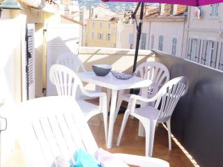 Rue Meynadier-3 pièces avec terrasse (5 couchages) - Cannes vacation rentals