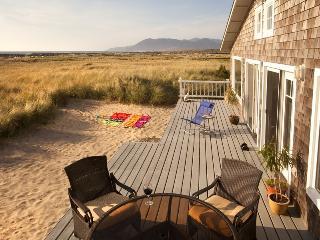 Spectacular Oceanfront Home  Panoramic View - Rockaway Beach vacation rentals