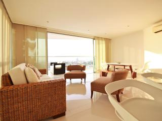 Luxurious modern apartment with breathtaking views - Cartagena vacation rentals