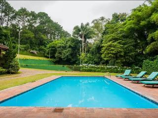 Villa in Granja Viana , 15 minutes from São Paulo - Carapicuiba vacation rentals
