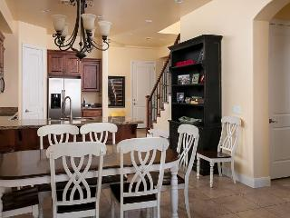 Pilot's Landing, 4 Bedroom Sleep 12 - Washington vacation rentals