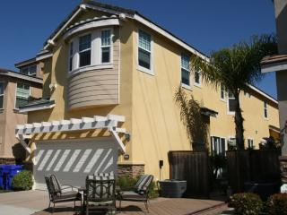 Beautiful 2,300 sq.ft. Modern Luxury home - Pacific Beach vacation rentals