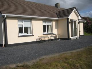 Nice 3 bedroom Leenane House with Satellite Or Cable TV - Leenane vacation rentals