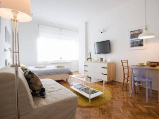 Apartment Viva- center, easy parking - Zagreb vacation rentals
