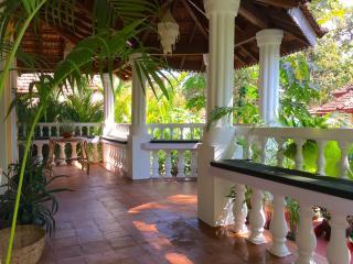 VILLA LOU Goan Villa 15 minutes to Anjuna beach - Verla Canca vacation rentals