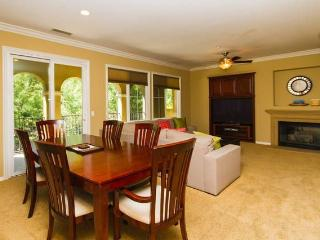 Tranquil 3BR, 2BA Family Friendly Town Home - Newport Beach vacation rentals