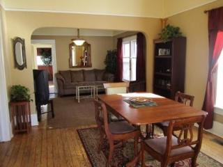 Downtown Victorian Cottage- Centrally Located - Colorado Springs vacation rentals