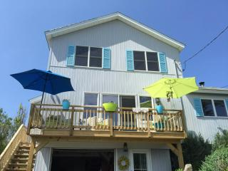 Luxurious, Beachfront, Real Beach House All Year 5 min Wineries Hamptons - Wading River vacation rentals
