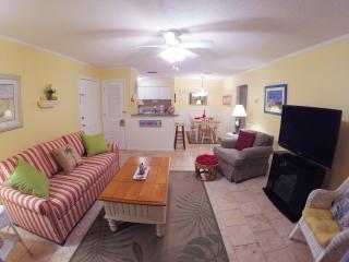 1BR Ground Floor Condo with Screened-in Porch! - Saint Simons Island vacation rentals