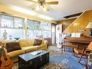 Charming Room - Private Entrance - Levittown vacation rentals
