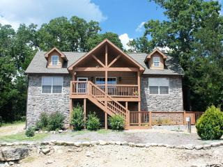 Beautiful Spacious Lodge at Stonebridge Village! - Branson vacation rentals