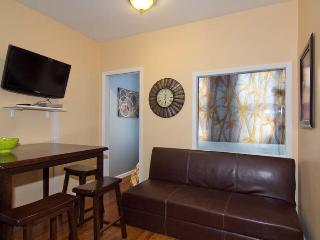 Times Square 3 BR on 45th & 8th (7805) - New York City vacation rentals
