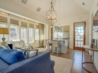 Luxury Carriage House near Rosemary Beach town center - New Providence Carriage House - Rosemary Beach vacation rentals