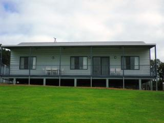Nutkin Lodge - Cottage 1 - Rooby's Rest - Peaceful Bay vacation rentals