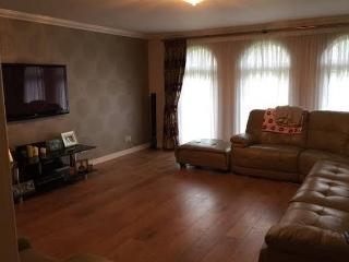 Troon Open- Macredie Place, Perrceton, Irvine - Irvine vacation rentals