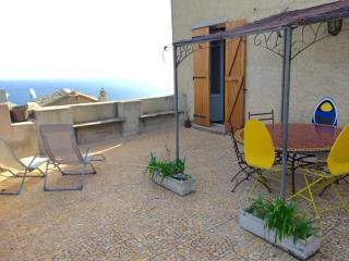 Nice House with Internet Access and Satellite Or Cable TV - Brando vacation rentals