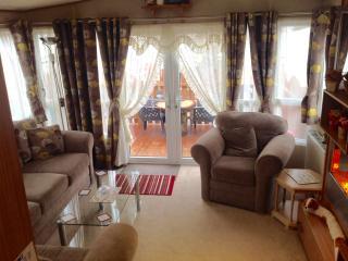 Nice 2 bedroom House in Boat of Garten - Boat of Garten vacation rentals