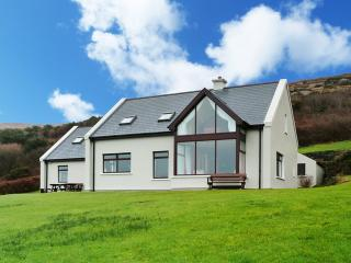 Bright 4 bedroom Cottage in Kilcrohane - Kilcrohane vacation rentals