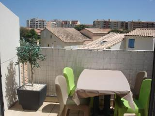 Appartement T3 VALRAS PLAGE - 35 - Valras-Plage vacation rentals
